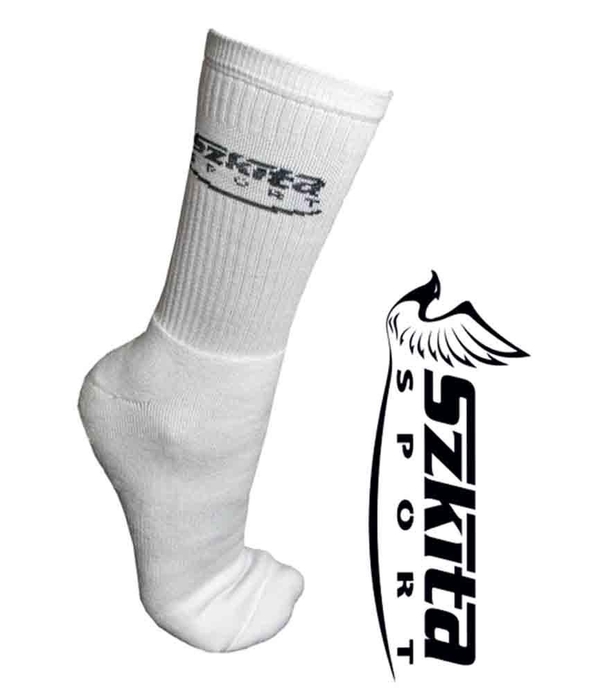 Ruházat: Szkíta zokni